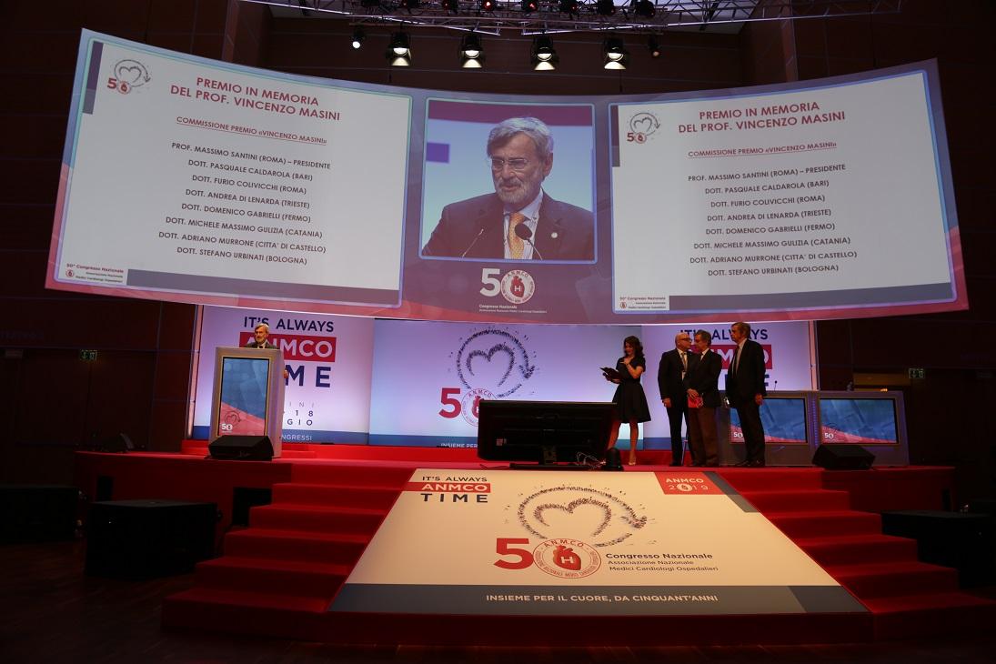 Un momento della consegna del Premio Vincenzo Masini
