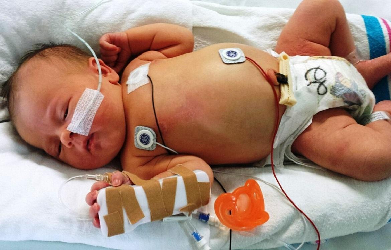 """ECG ed Ecocardiogramma nel paziente pediatrico: vademecum per il cardiologo """"dell'adulto"""""""