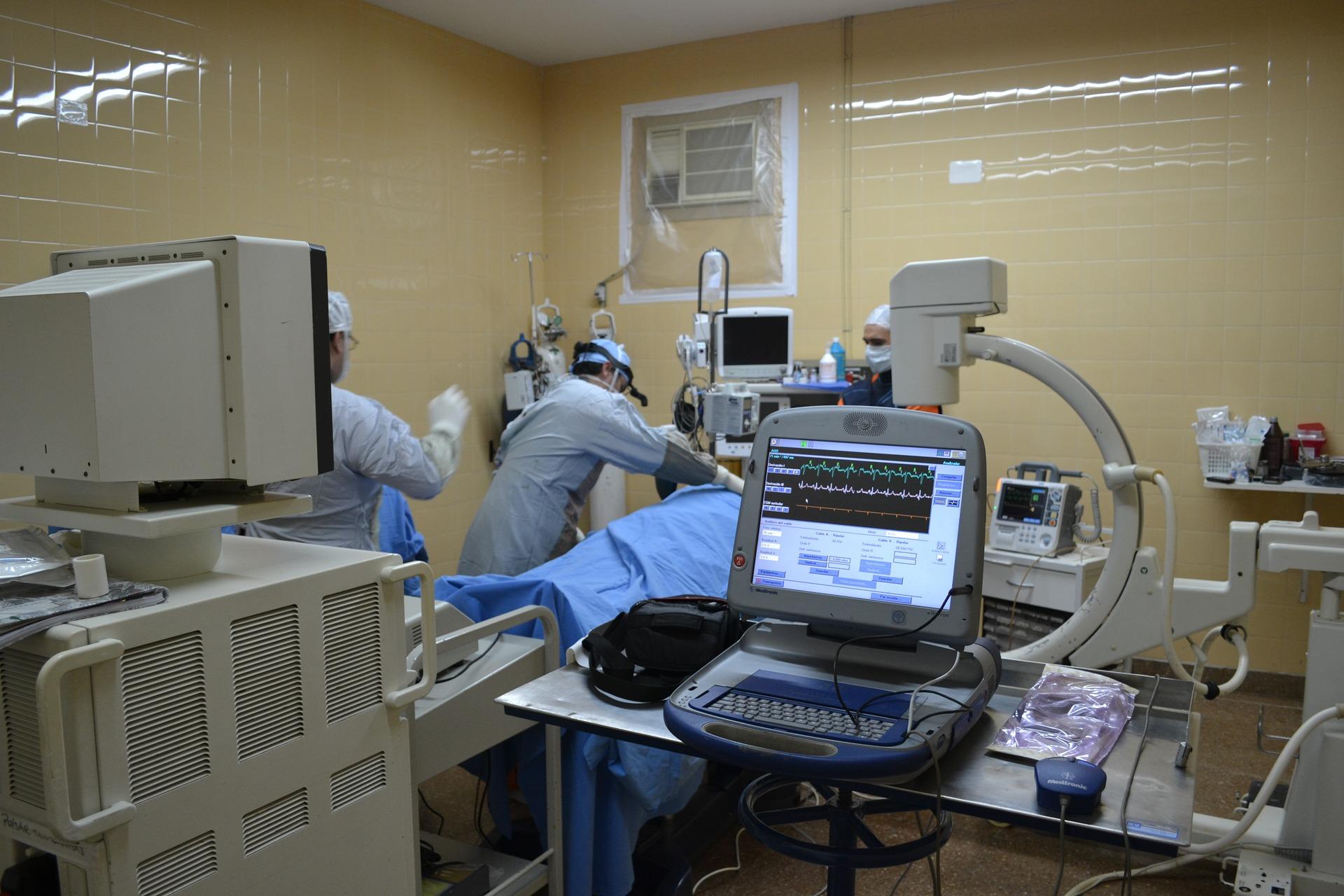 Trattamento chirurgico e interventistico dell'insufficienza mitralica: tailored approach